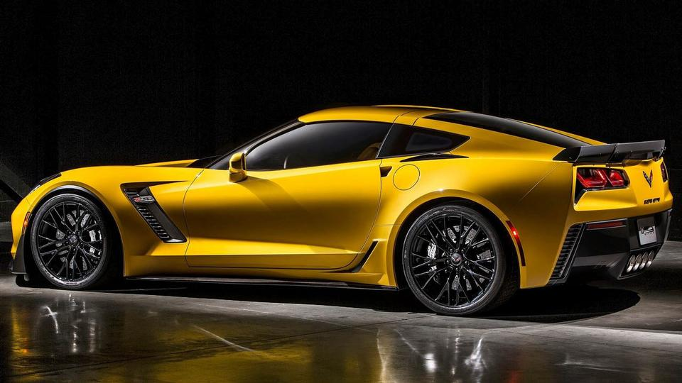 423893_4400_big_2014-Corvette-Z06-16