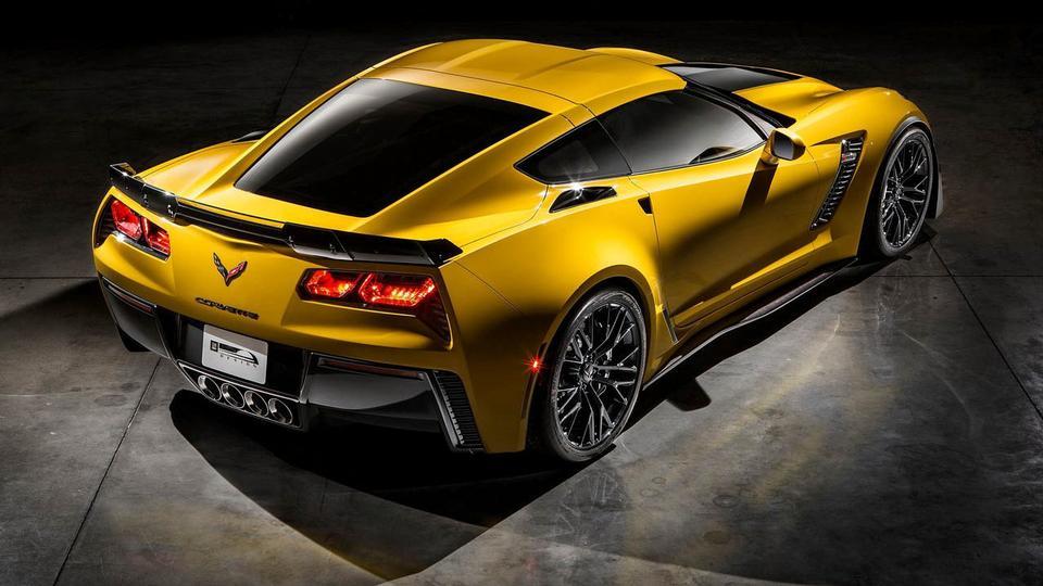 423893_4626_big_2014-Corvette-Z06-17